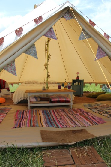 bell tent camping glamping vintage