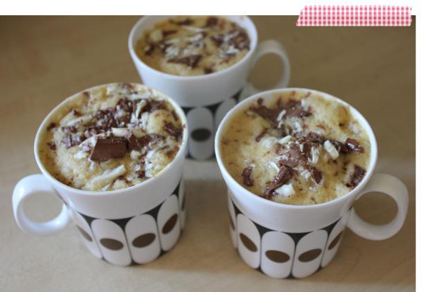 pieday friday cupcake cake recipe white chocolate and vanilla