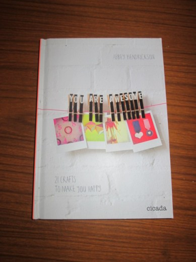 Abbey Hendrickson blog book crafts to make you happy blogger