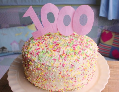 1000th blog post celebration cake for Cassiefairy