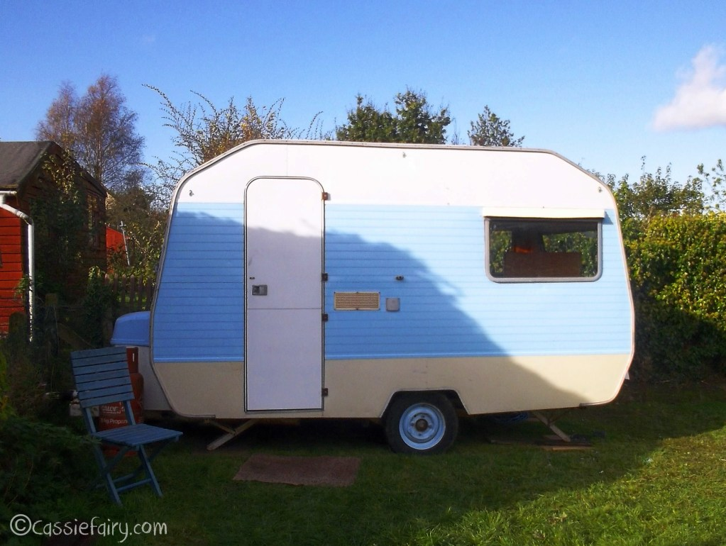 My little vintage caravan project – the makeover so far