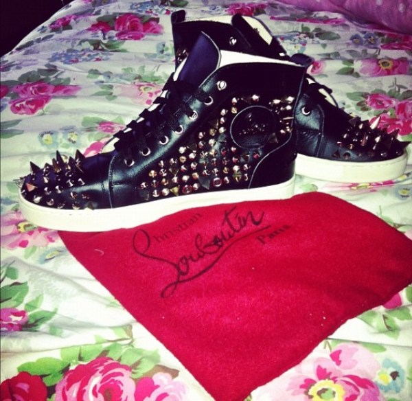 the cupid bow christian louboutin trainers