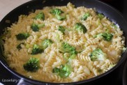 Summer recipe for delicious cheese and broccoli pasta tortilla -5