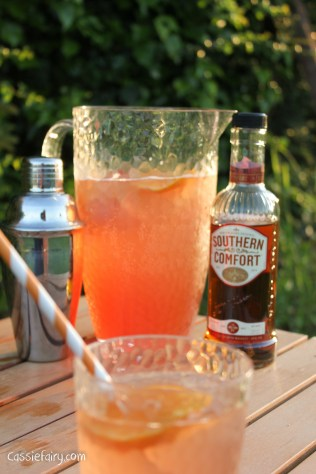 how to make a southern comfort cocktail recipe - the sharlett o hara-3