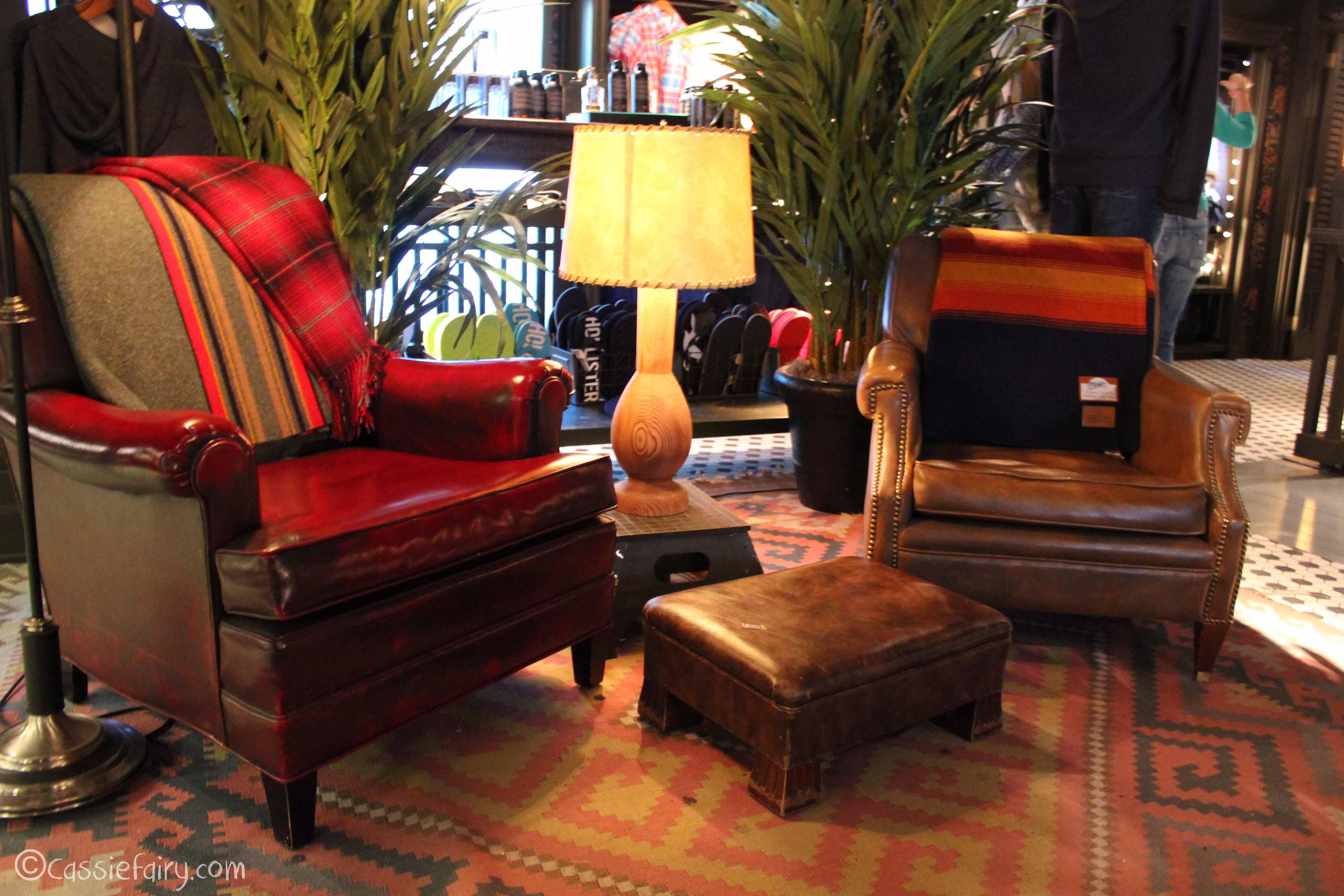 Hollister store interior design inspiration my thrifty for Hollister design