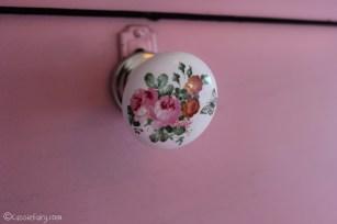 Vintage caravan project - DIY painted cabinet furniture makeover-20