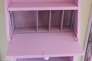Vintage caravan project - DIY painted cabinet furniture makeover-21