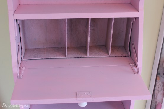 Vintage caravan project - DIY painted cabinet furniture makeover-21