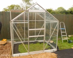 building a greenhouse-2