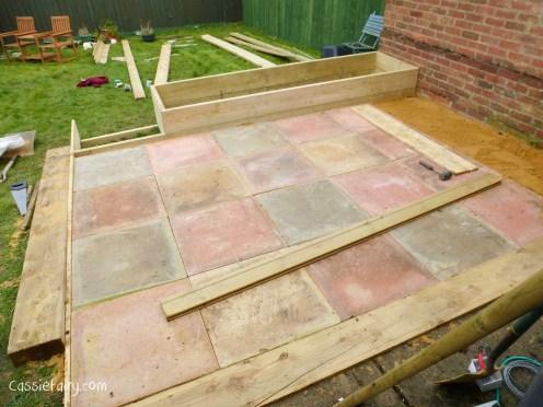 how to build a terraced patio garden-6