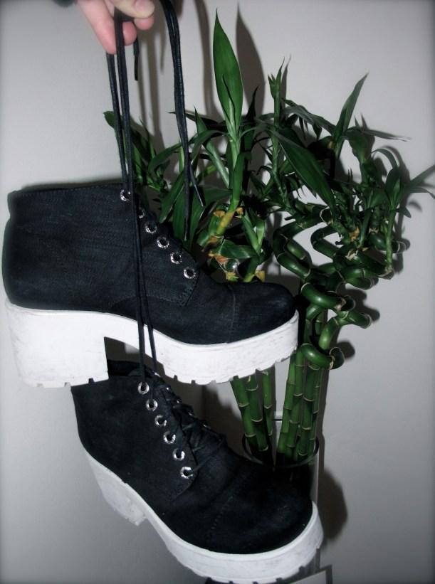 vlogger ceara mcevoys favourite shoes