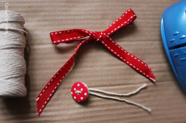 DIY homemade vintage christmas gift wrapping techniques_-15