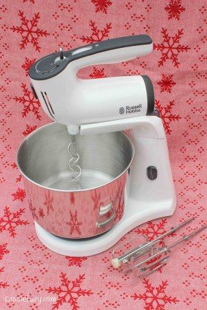 Recipe for snowball meringues Christmas pudding dessert-2