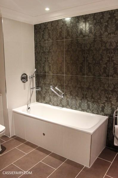 majestic hotel harrogate bathroom