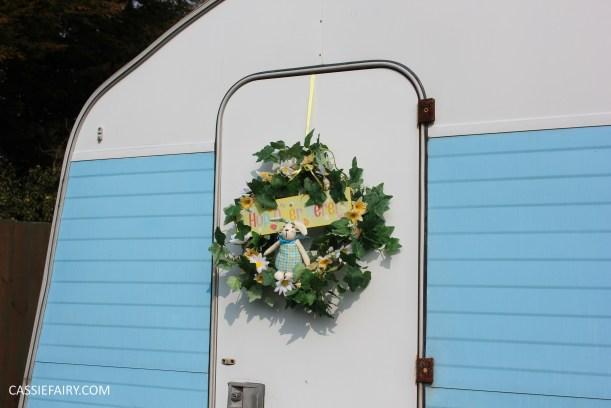 diy spring wreath for easter caravan by cassiefairy