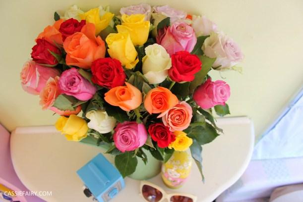 roses bouquet of flowers and vintage caravan_-2
