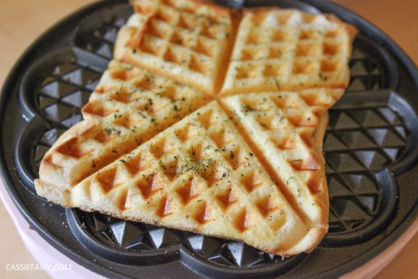 simple cheese toastie garlic bread recipe for waffle maker-7