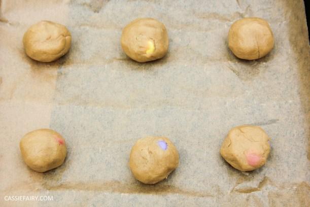 cassiefairy pieday friday blog recipe chocolate smarties cookies diy-2