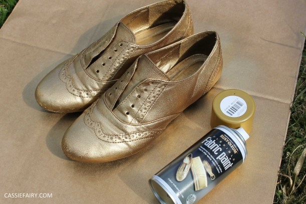 tuesday shoesday cassiefairy diy shoe makeover using fabric spray paint from rustoleum-16