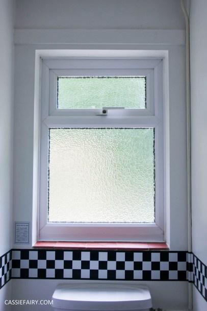 black and white bathroom interior design inspiration blinds-2