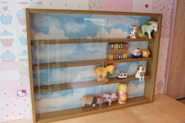 diy display cabinet makeover for vintage caravan_-10