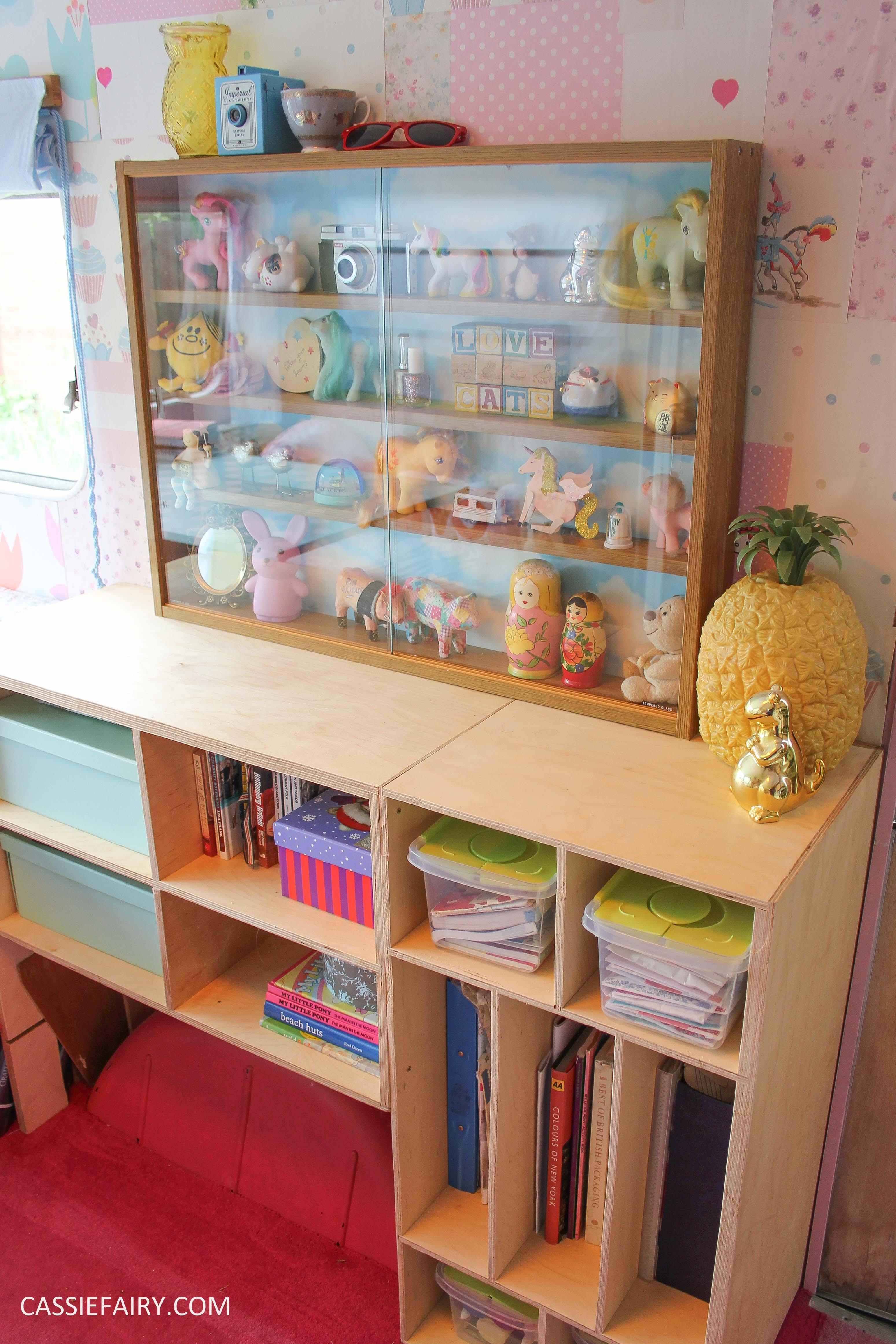 diy display cabinet makeover for vintage caravan_-21
