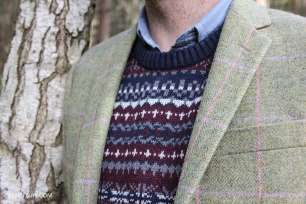 menswear mens fashion styling a tweed jacket layered warm outdoor forest autumn winter-12