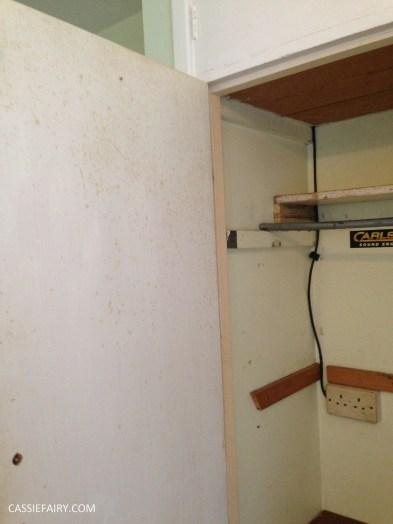 bright colour pink painted bedroom cupboard wardrobe interior diy interior design idea-2