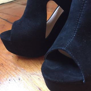 the olive foxes shoes high heels