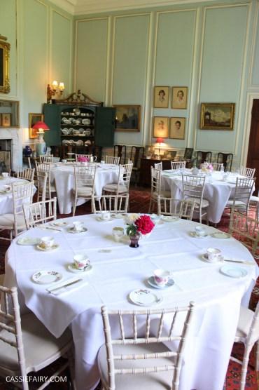 vintage party wedding inspiration ideas retro_-18