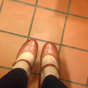 tuesday-shoesday-floorselfie-photo-challenge-shoes-15