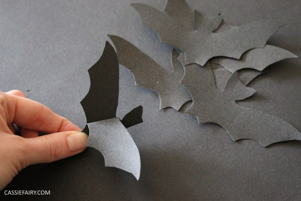 halloween-flying-paper-bat-garland-decoration-tutorial-step-by-step-thrifty-diy-project-2