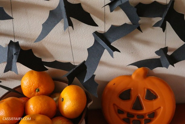 halloween-flying-paper-bat-garland-decoration-tutorial-step-by-step-thrifty-diy-project-8