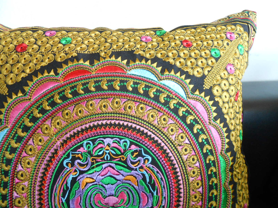 gold-pillow-embroidered-cushion-cover-gift