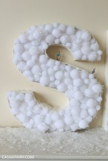 cassiefairy-thrifty-christmas-snow-sign-project-diy-mantlepiece-christmas-decoration-festive-decor-25