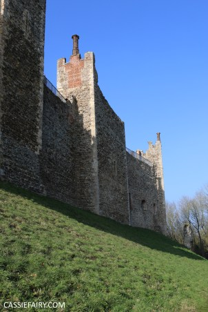 valentines day out framlingham castle on the hill suffolk walking ramble hiking shoes boots-22