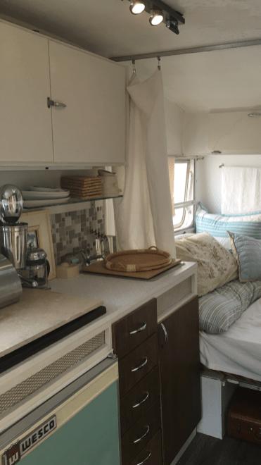 Vintage Trailer Alpine Sprite Caravan Retro Van Interior (3)