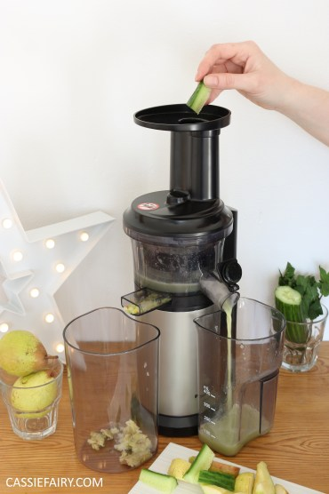 juicing herbs - juice recipe apple pear cucumber mint lime -7