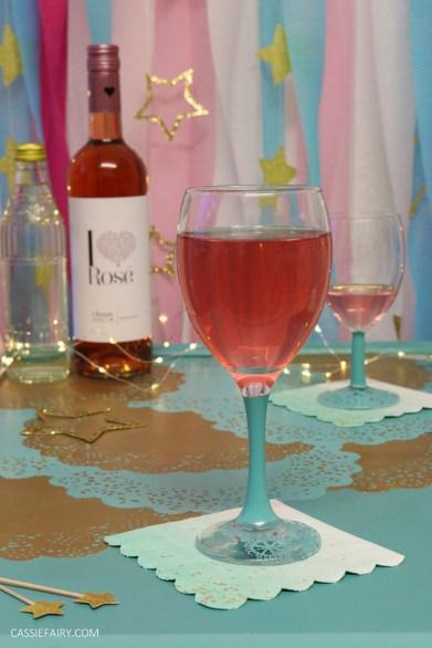Christmas festive entertaining wine prosecco cocktails_-4