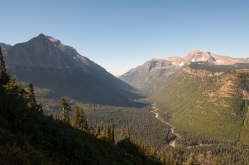 glacier valley w river