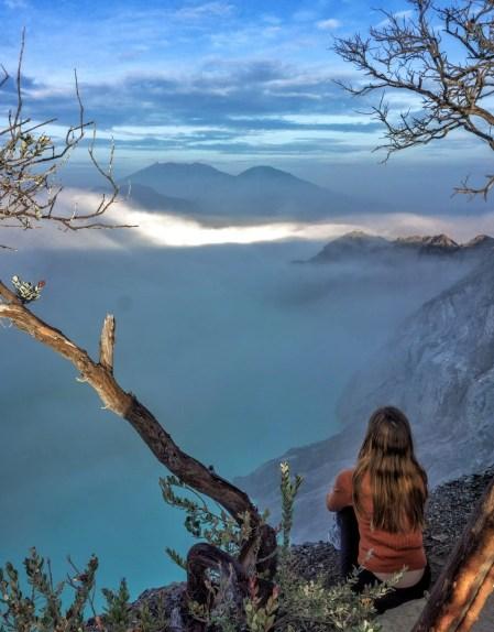 How to do the Mt Ijen sunrise hike - East Java travel guide