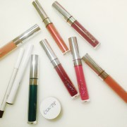 Colourpop, fall colourpop haul, colourpop haul, review, makeup, makeup monday, cassie wears what cassiewearswhat.com