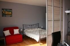 chambre canapé lit 1p/bedroom and convertible sofa