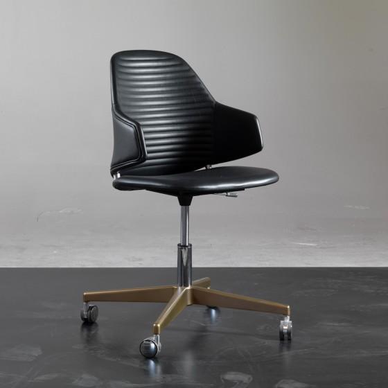 Luxury Italian Designer Vela Office Chair Italian Designer