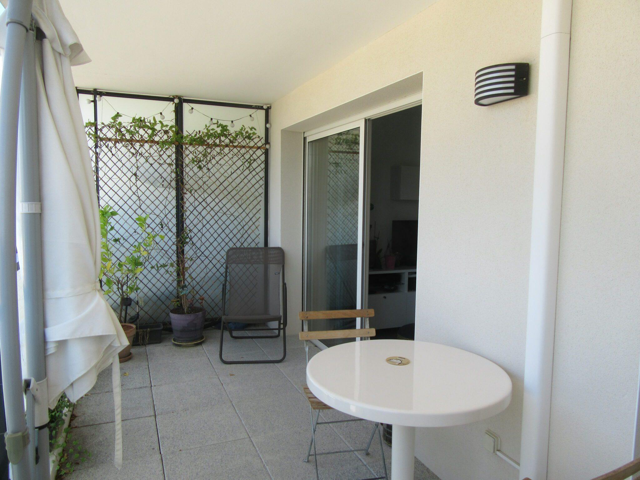 Très bel appartement T3 avec 2 extérieurs et place de parking