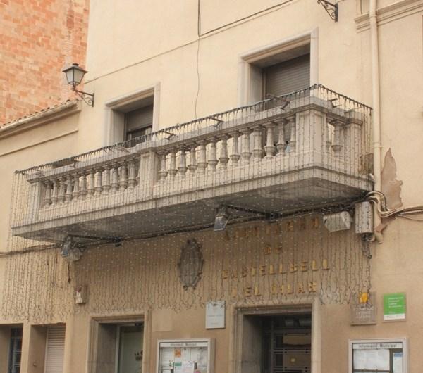 Treballadors de l´Ajuntament de Castellbell i el Vilar es manifesten contra la nova llei del món local de l´estat