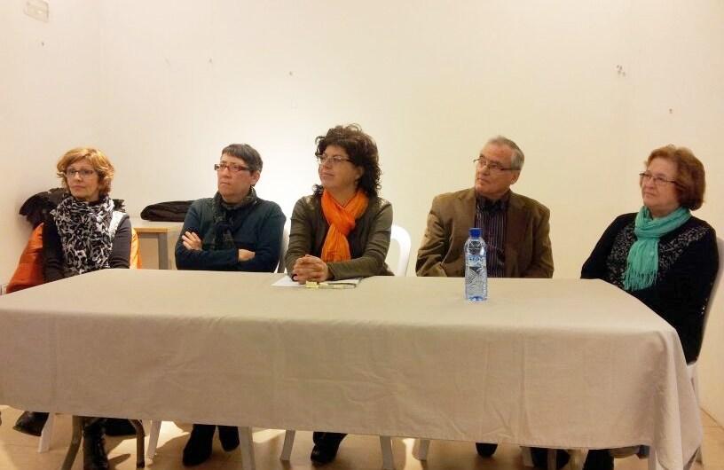 """El llibre """" Valentes """" es presenta a Cardona davant d´una vintena de persones"""