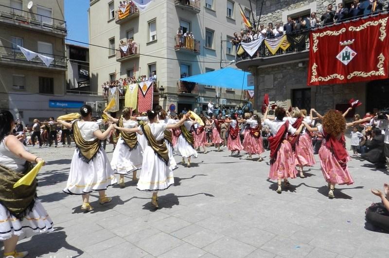300 balladors i catorze colles a la Ballada Popular de Gitanes, aquest diumenge al migdia a Sant Vicenç de Castellet