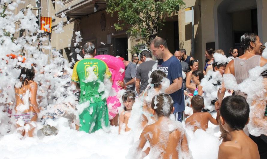 Festa Major Castellbell i el Vilat'16: remullada al Carrer Borràs .