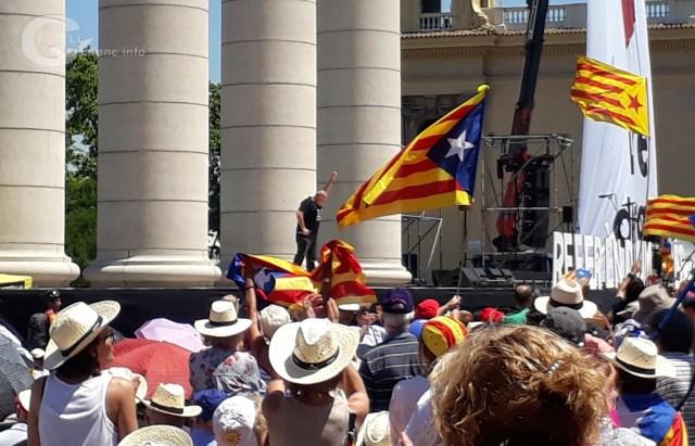 Referèndum es democracia_4.jpg